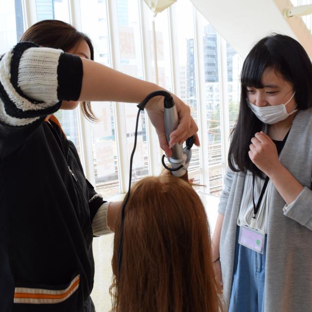 大阪ビューティーアート専門学校 【美容師】初めての方も大歓迎♪オープンキャンパス3