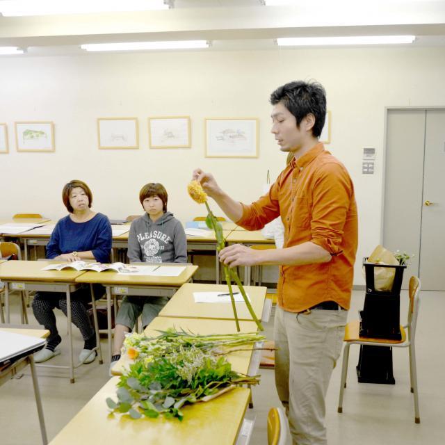 日本ガーデンデザイン専門学校 卒業生が語る「花」の仕事の魅力3