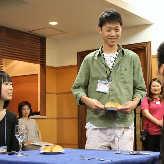 大阪ホテル専門学校 【海外ホテル】職業なりきり体験オープンキャンパス4