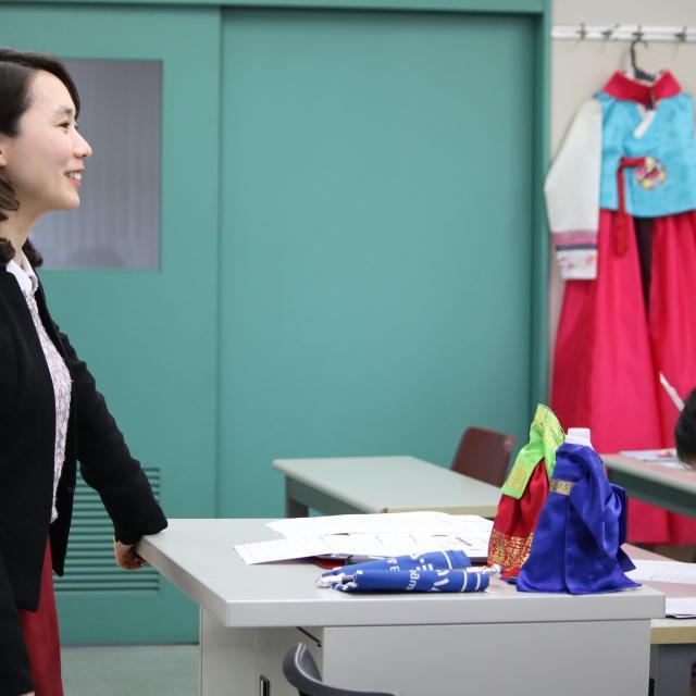 日本外国語専門学校 韓国フェア2