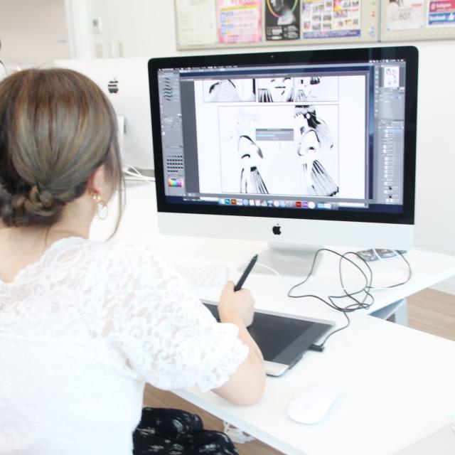 専門学校岡山ビジネスカレッジ 本格体験★ペンタブを使って実際に描いてみよう!!1