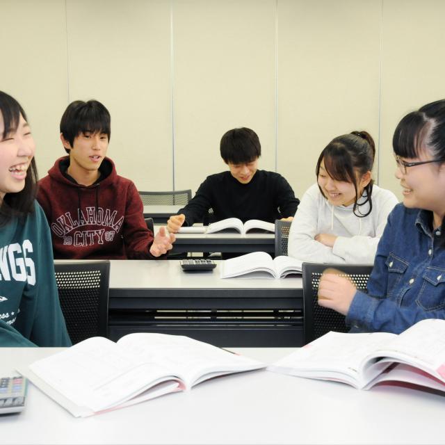 河原電子ビジネス専門学校 AO入試受付中!!進路の悩みはオープンキャンパスで解消♪3
