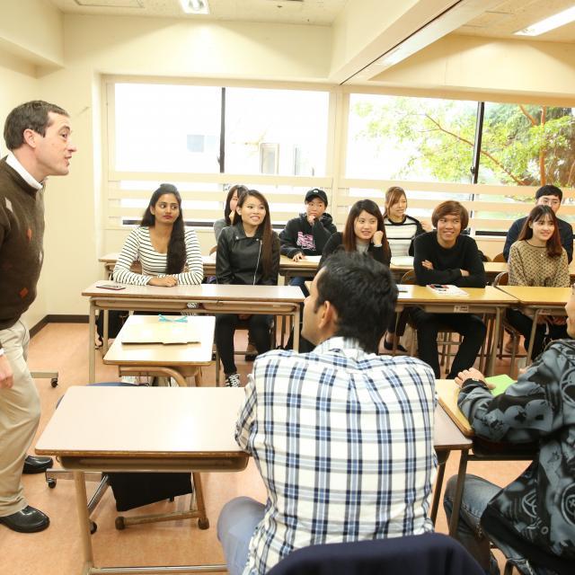 グレッグ外語専門学校新宿校 学校見学【グレッグ新宿校、11月】3
