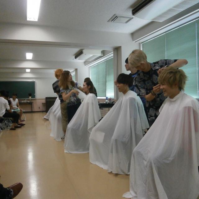 青森県へアアーチスト専門学校 ★オープンキャンパスで理美容を体験しよう★2
