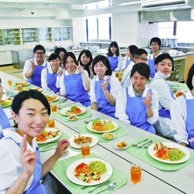 大手前栄養製菓学院専門学校 栄養学科:2018年オープンキャンパス4