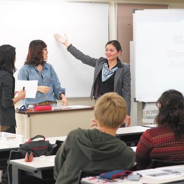 専門学校 東京ビジネス外語カレッジ 夏休み特別オープンキャンパス ~TBLの授業を体験してみよう1