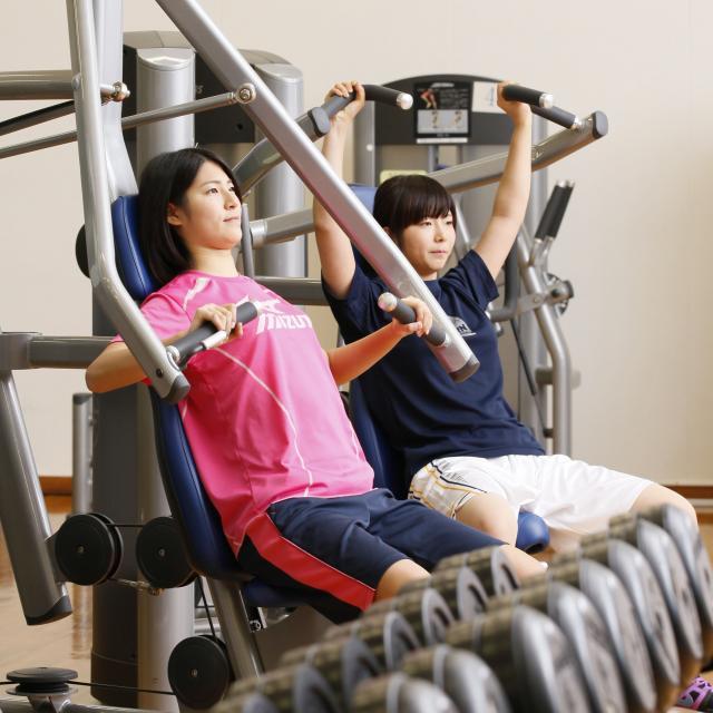 東京YMCA社会体育・保育専門学校 【トレーニング&フィットネスエクササイズ体験】体幹を鍛える♪3