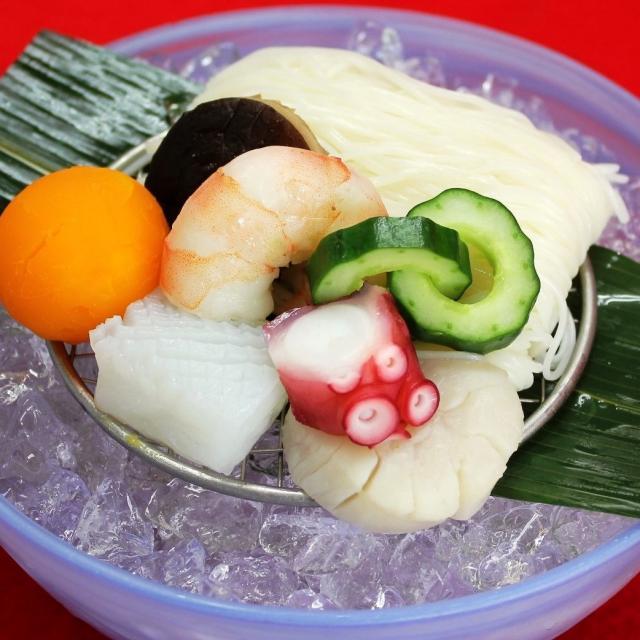 名古屋調理師専門学校 夏に美味しい 冷やしそうめんに海の幸!1