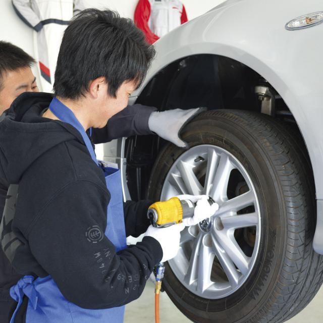専門学校 東海工科自動車大学校 自動車整備を体験しよう!1