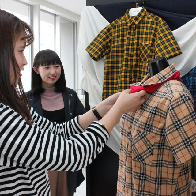 香蘭ファッションデザイン専門学校 【ビジネス科☆夏の特別企画】ショップ作り&ファッションショー3
