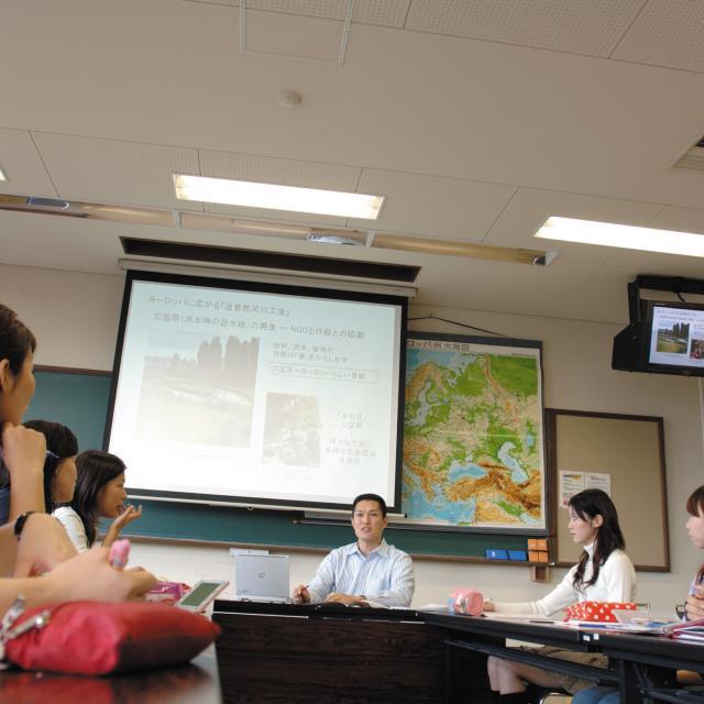 フェリス女学院大学 後期授業見学会(高校生対象)1