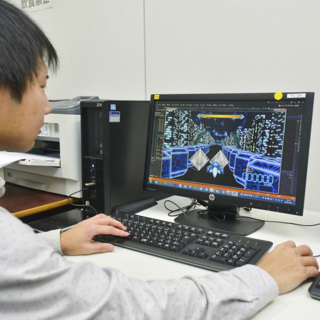 総合学園ヒューマンアカデミー秋葉原校 【体験】Unityで迷路シューティングゲーム制作1