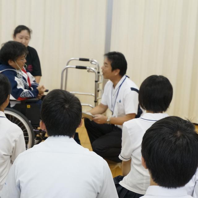 長崎医療技術専門学校 長崎で働くなら医技専2
