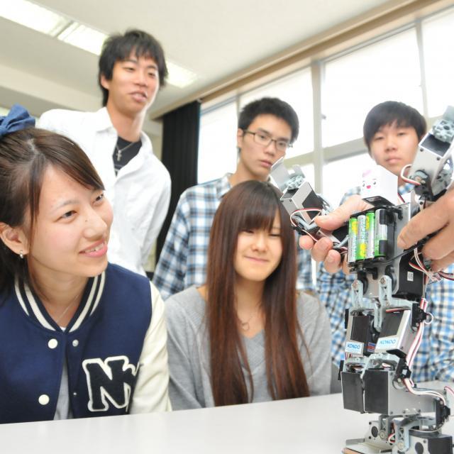 情報メディア、ロボットに関心のある人 、大歓迎!【半日開催】