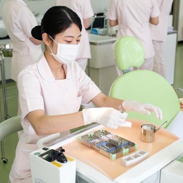 日本歯科学院専門学校 【高校1・2年生】 ☆歯科衛生士学科☆ 職業体験フェアへ!2