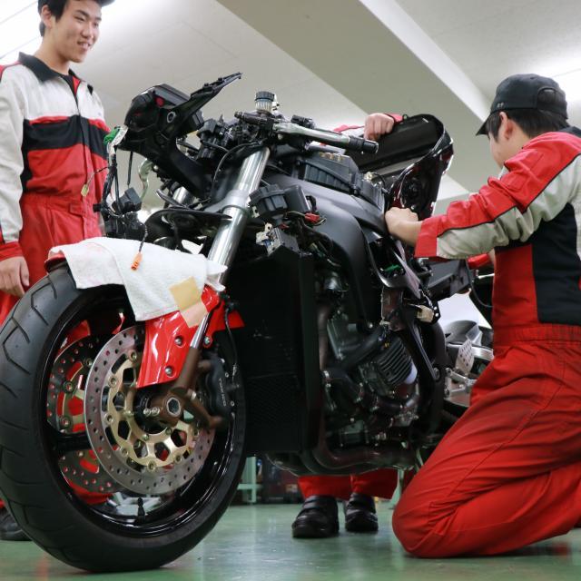 〈専〉YIC京都工科自動車大学校 ~二輪自動車整備体験オープンキャンパス~1