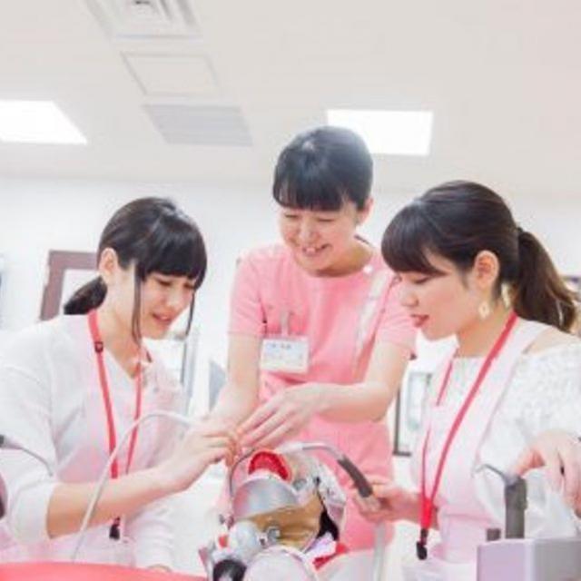 新東京歯科衛生士学校 「歯科予防処置論」の授業を体験~着色取り編~1