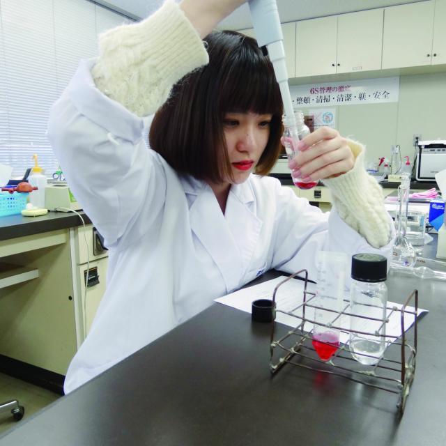 岡山科学技術専門学校 【食品生命科学科】DNAなどの食品生命を楽しめる体験イベント!1
