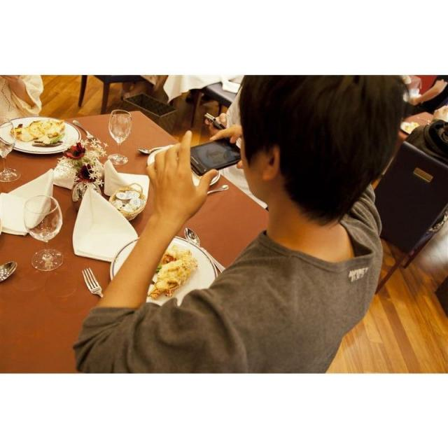 町田調理師専門学校 「タマゴのフワトロ感が絶妙!」〈半熟タマゴのオムライス〉3