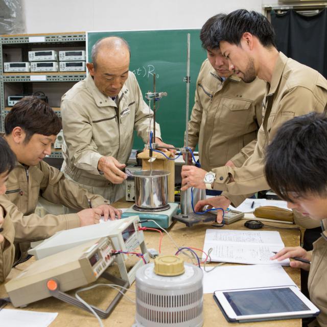 九州電気専門学校 夜の学校説明会3