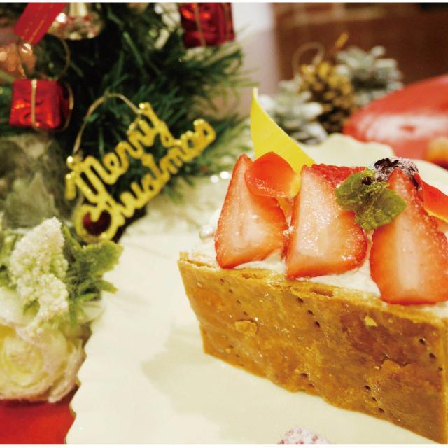 大阪調理製菓専門学校ecole UMEDA 【Xmasビュッフェ開催!】今だけ!クリスマスミルフィーユ1