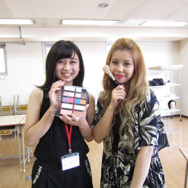 九州美容専門学校 在校生と先生の距離が魅力的!?九美のオープンキャンパス!2