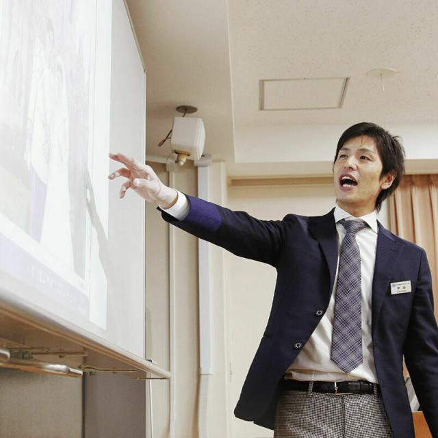 日本ホテルスクール 【オンライン学校説明会】大学・短大生、社会人の皆様へ1