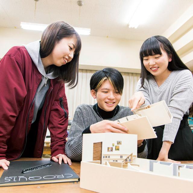 専門学校日本デザイナー学院 模型で学ぶ 住空間デザイン講座1