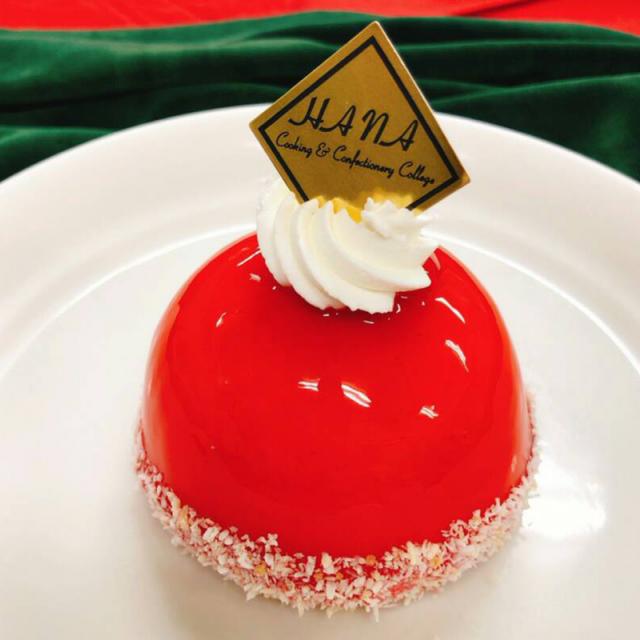 華調理製菓専門学校 ジャパンケーキショーで活躍した学生による技術披露&試食1