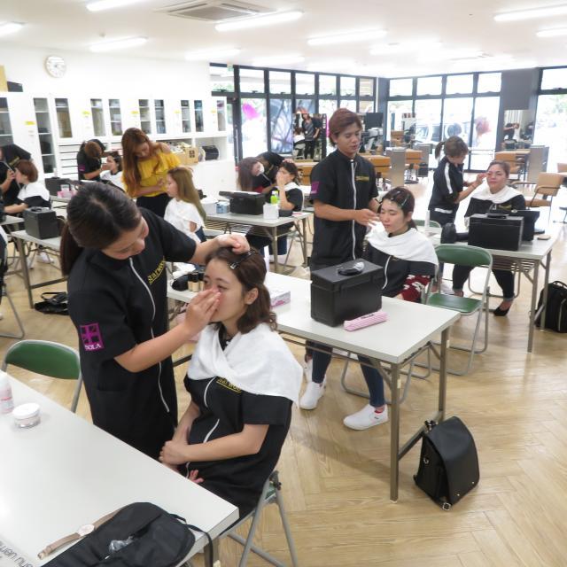 スターウッドBeB美容専門学校 美容師学科2