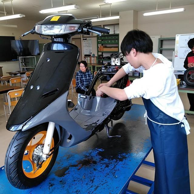阪神自動車航空鉄道専門学校 バイクのプロによるバイク好きのためのオープンキャンパス!2
