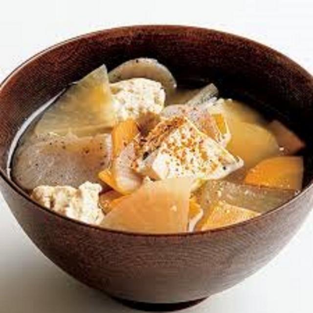悠久山栄養調理専門学校 おいしいご飯を炊く秘訣 ~おにぎりとけんちん汁~2