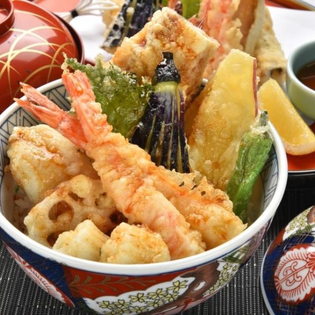 東京調理製菓専門学校 サクサク!天丼1