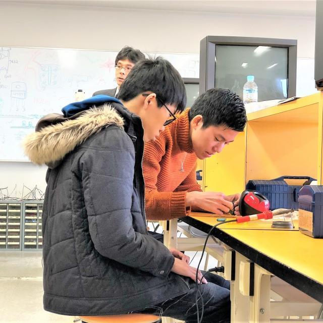 大阪電子専門学校 5月 先輩とモノづくりが体験できるオープンキャンパス2