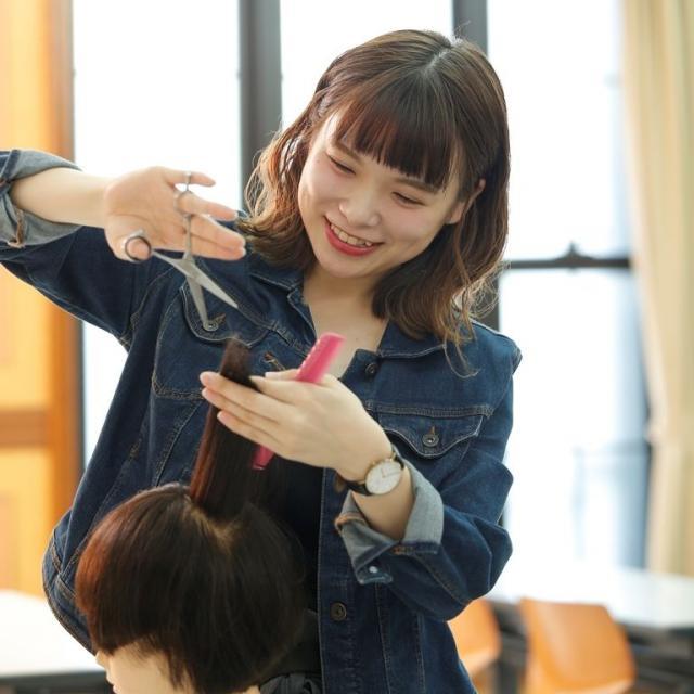 ヴェールルージュ美容専門学校 夏休みだけの特別イベント♪【ほぼヴェールルージュ生!!】2