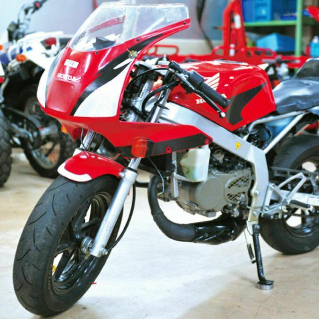 専門学校 東京工科自動車大学校 人気のホンダバイクで整備体験!1