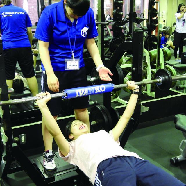福岡リゾート&スポーツ専門学校 【トレーナー体験】初心者でも安心!身体作りを体験してみよう☆2