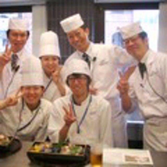 大阪調理製菓専門学校ecole UMEDA 【男子限定】海老と穴子の天ぷら丼3
