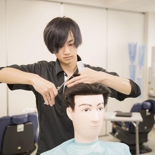 松本理容美容専門学校 マツビを知ろう いろいろな体験できます1