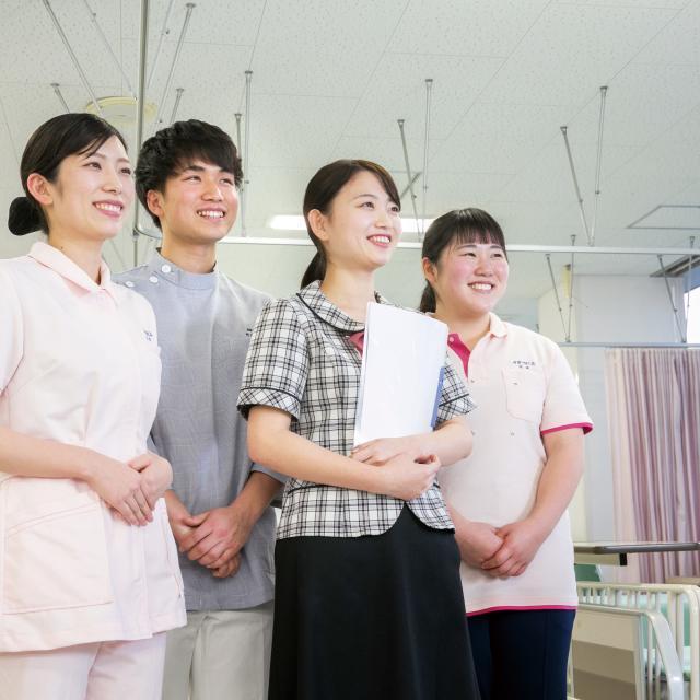 岩国YMCA国際医療福祉専門学校 病院にはどんな人が働いているの?(医療秘書学科体験)1