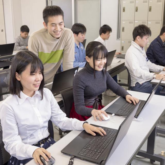 河原電子ビジネス専門学校 入学願書受付中!! 進路の悩みはオープンキャンパスで解決♪1