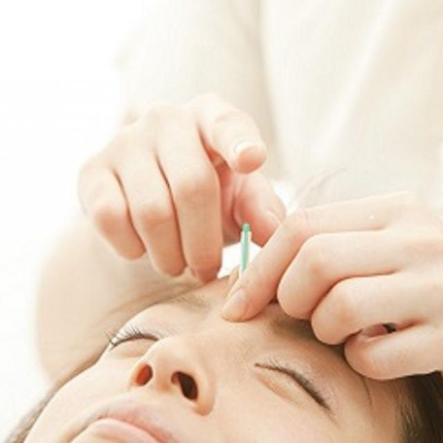 日本医学柔整鍼灸専門学校 鍼灸でキレイになる! 美肌をつくる「かっさ×美容鍼」1