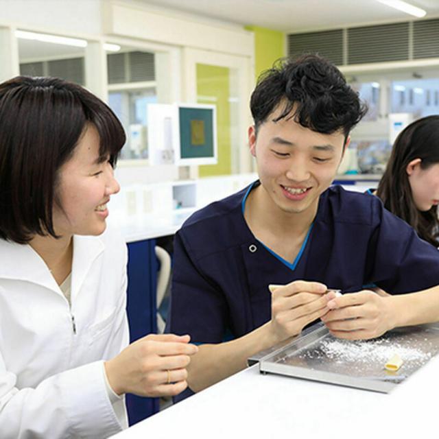 新東京歯科技工士学校 実技特待生講座1