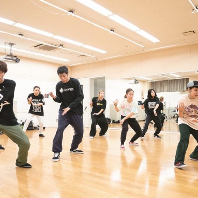 キャットミュージックカレッジ専門学校 ダンスパフォーマンス専攻&ストリートダンス専攻●3