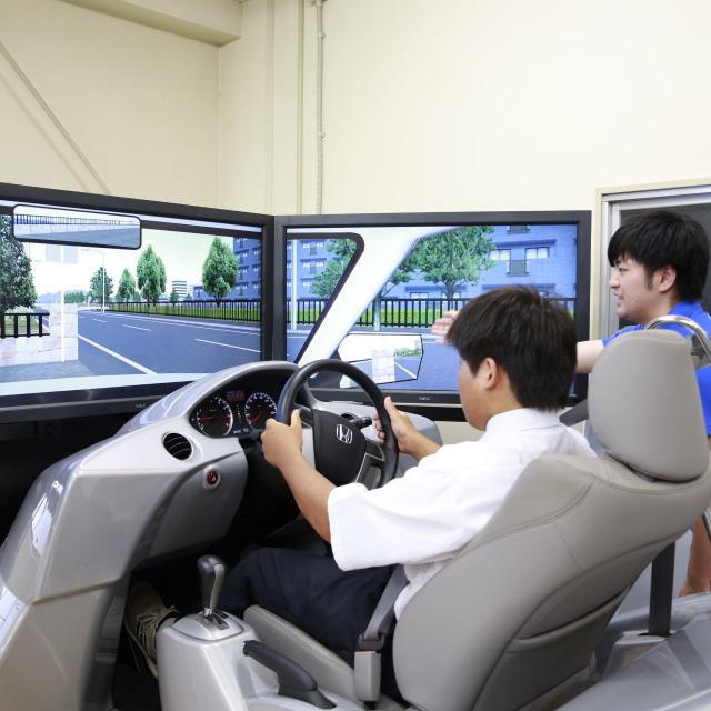 埼玉工業大学 【機械工学科】オープンキャンパス1