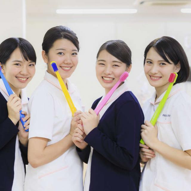新東京歯科衛生士学校 「歯科予防処置論」の授業を体験~予防編~1