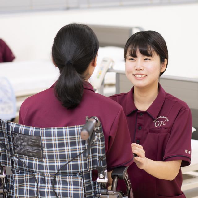 専門学校岡山ビジネスカレッジ 簡単レクリエーションのすすめ♪折り紙で何ができるかな!?1