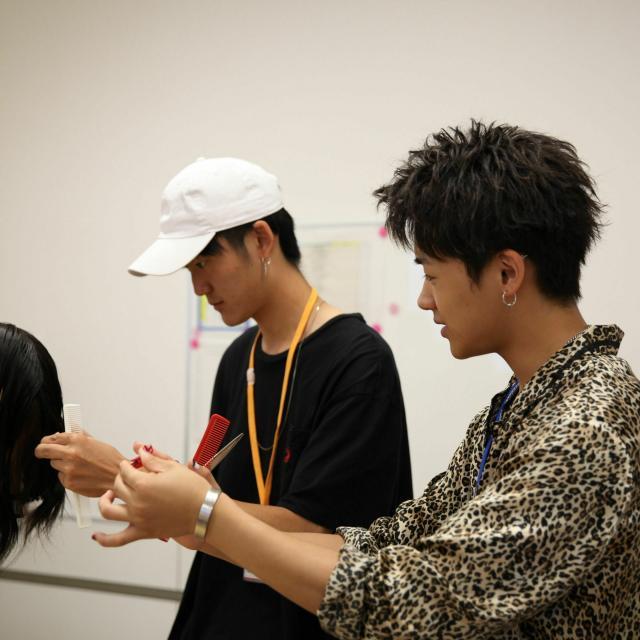 大阪ベルェベル美容専門学校 新高3生対象【ミライ講座】自分が描くミライをより具体的に!3