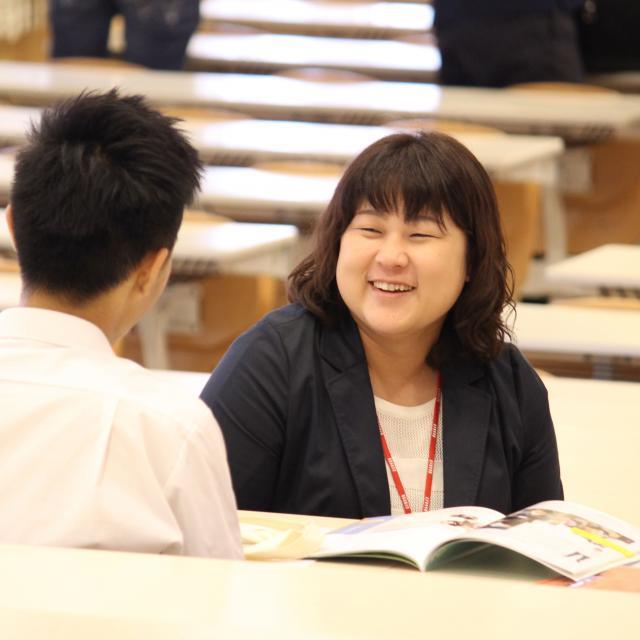 東京未来大学 個別進路相談カフェ1
