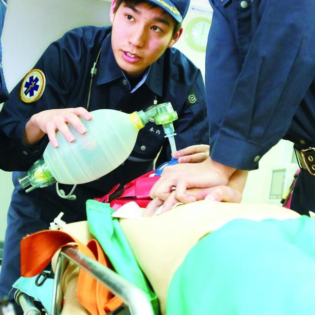 北海道ハイテクノロジー専門学校 道内救命士の70%がハイテク卒業生!その実績を体験!1